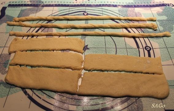 Пирог с персиками и малиной из ночного теста 010