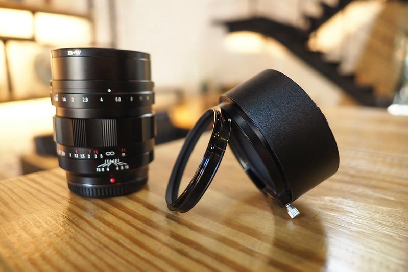 Voigtlander 42.5mm f/0.95|NextDoor Coffee