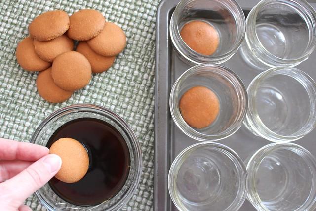 easy-individual-ricotta-tiramisu-jars
