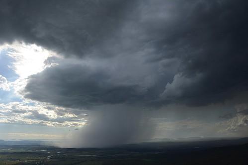 storm australianstorms australianweather tamborinemountain sky cloudscape thunderstorm albertvalley sequeensland rain queensland australia australianlandscape mounttamborine