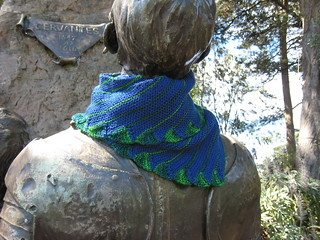 2014-06-07_Scarf_Endless-Rainbow_navy-green-2
