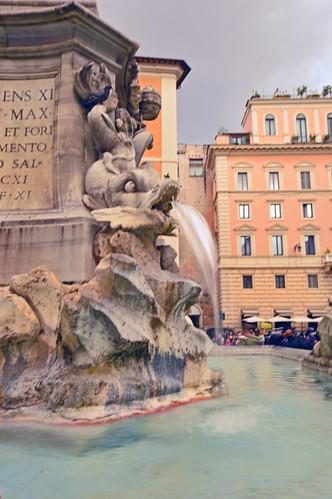 Fontana del Pantheon 01