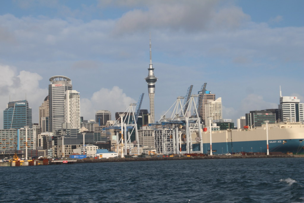 how to go from auckland to devonport