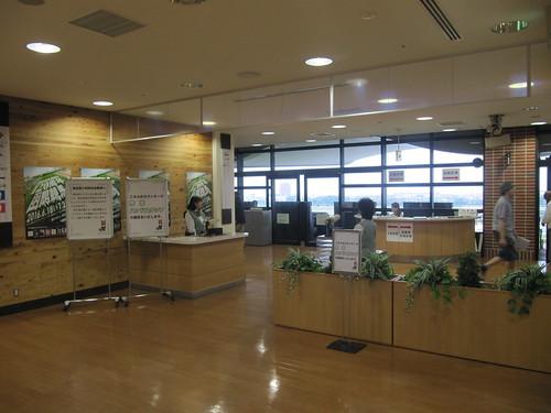 函館競馬場の指定席入口