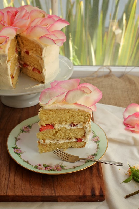 White Chocolate Rose Cake