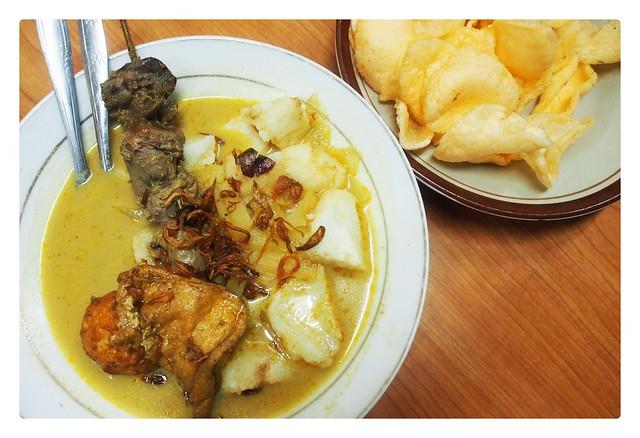 Ketupat sayur mandala_ketupat2