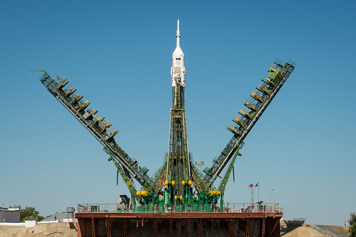 Expedition 36 Soyuz TMA-09M Rollout (201305260027HQ)