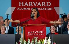 美国毕业季,演讲嘉宾对毕业生说什么?