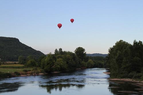petit matin dans la vallée de la Dordogne by montestier
