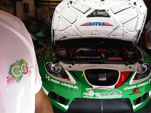 Segovianos en el equipo Astra Racing 24 Horas Barcelona 2013
