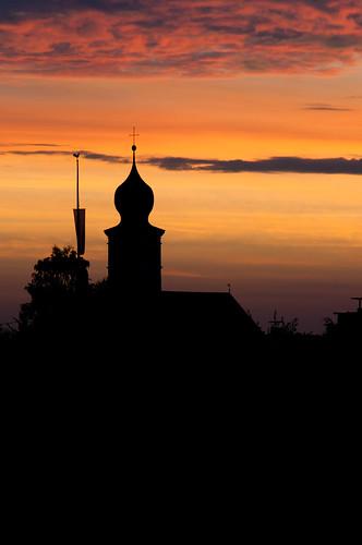 church sunrise dawn stmichael maypole partlycloudy bruckmühl götting