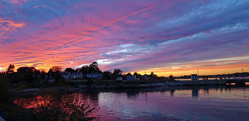 Sunset in New Castle, NH by nelights