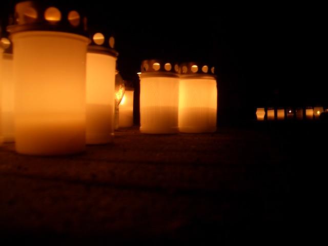 Las velas del cementerio en detalle