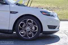 automobile, automotive exterior, sport utility vehicle, wheel, vehicle, automotive design, rim, bumper, ford, land vehicle, luxury vehicle,