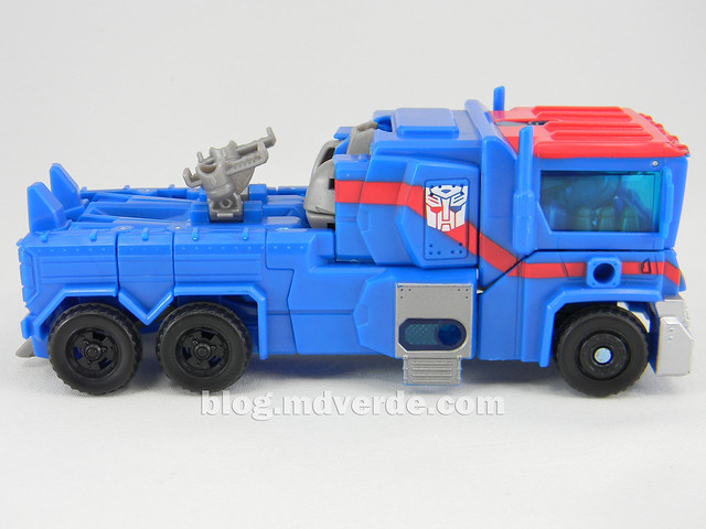Transformers Ultra Magnus Voyager - Transformers Prime RID - modo alterno