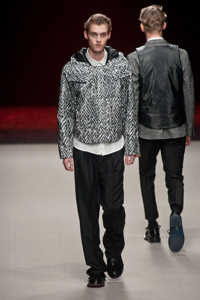 Adam Abraham3061_FW14 Paris Krisvanassche(fashionising.com)