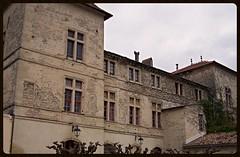 Façade du château de Caveirac