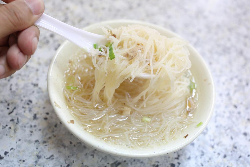 20140404萬華-香佳旗魚米粉 (11)
