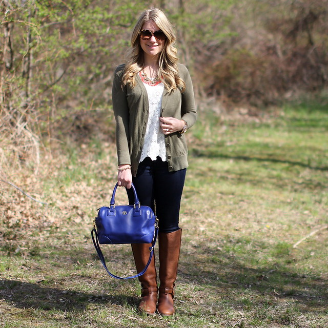 feminine lace shell casual outfit