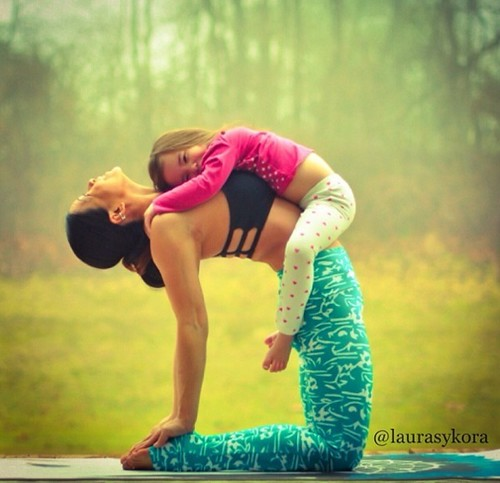 Yoga-with-Mom-Laurasykora-03