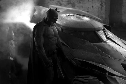 140514(2) -「班·艾佛列克」(Ben Affleck)主演『蝙蝠俠』(Batfleck)巨幅劇照今天問世、電影《超人vs.蝙蝠俠》於2016/5/6首映! 2 FINAL