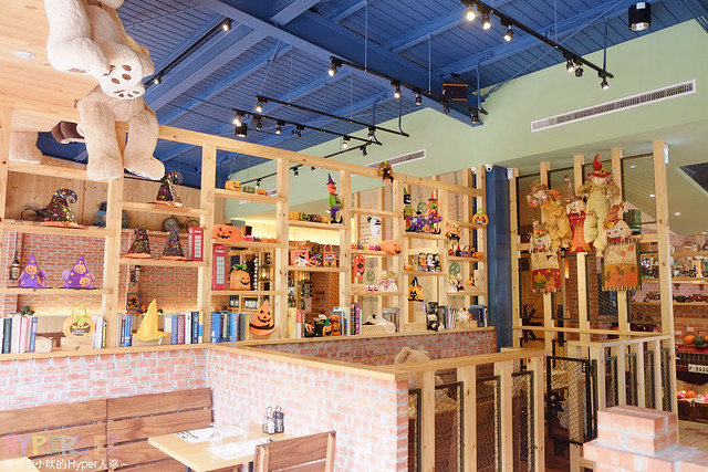 16194337039 01b62c18c8 z - 南瓜屋魔女露露的廚房 - 環境非常棒的台中勤美草悟道旁義式餐廳