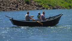 canoe(0.0), rowing(0.0), motorboat(0.0), dinghy(1.0), vehicle(1.0), sea(1.0), skiff(1.0), watercraft rowing(1.0), boating(1.0), watercraft(1.0), boat(1.0), paddle(1.0),