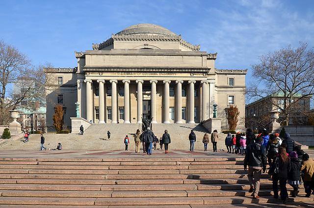 Universidad de Columbia en el barrio de Harlem de Nueva York, uno de los puntos para visitar en el tour Contrastes de Nueva York