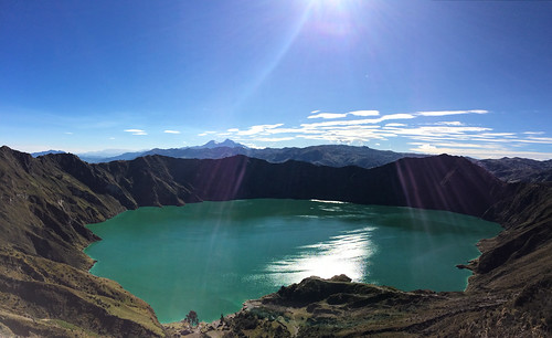 La Laguna de Quilotoa sous le soleil exactement !