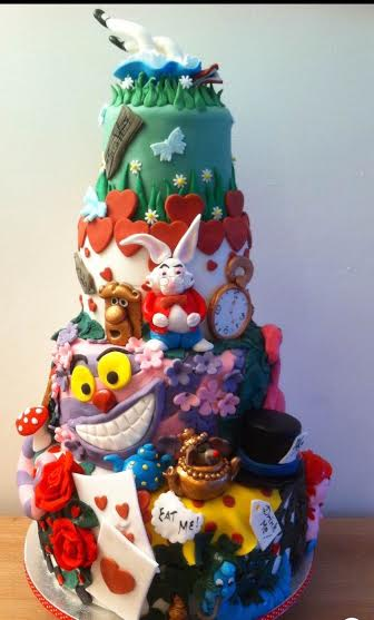 Alice in Wonderland by Nanny's Novelty Cakes, Babs Barrett