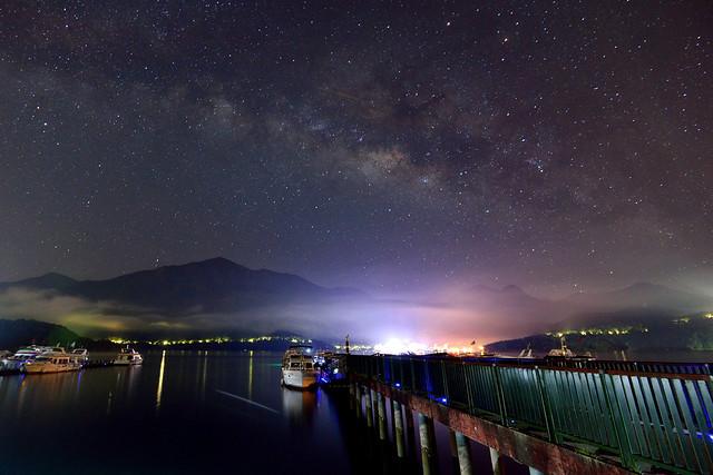Milky way at Sun Moon Lake 日月潭銀河