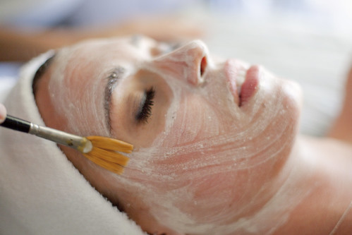 Paragon Salon_Facial, Photo Courtesy of Paragon Salon