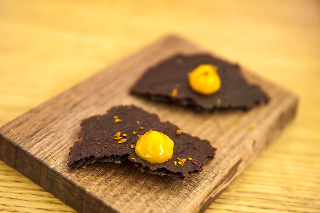 Pig's blood chip and sea buckthorn, Aska
