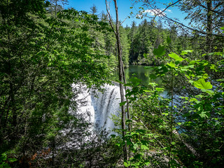 Cascade Lake and Hooker Falls-049