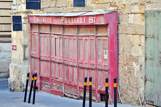 Vieja tienda en La Valeta. Raffaele Portelli 1917