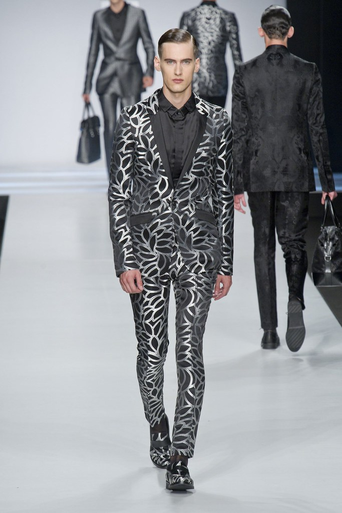 Robin Barnet3095_SS14 Milan Ji Wenbo(fashionising.com)