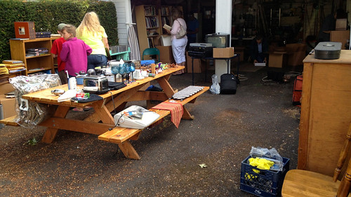 garage sale tips and tricks