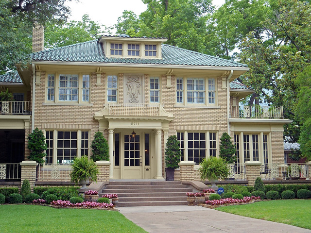 Yellow Brick House With Tile Roof Swiss Avenue Dallas Flickr Photo Shar
