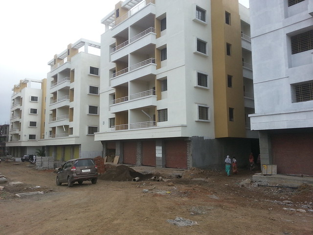 Star City Shirwal 412801, 1 BHK & 2 BHK Flats on Pune Bangalore Highway (N H 4) , Taluka Khandala, District Satara,