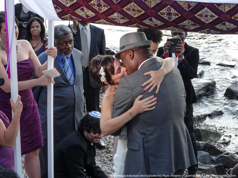 Парень ебет красивую невесту