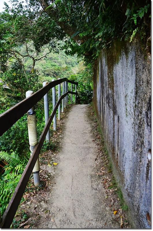 瀑布步道 4