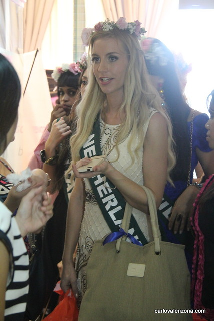 Miss Earth 2013 Candidates in Finessa Aesthetica  (56)