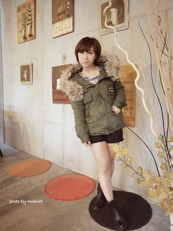 RUBON 軍綠色毛領大衣 (10)