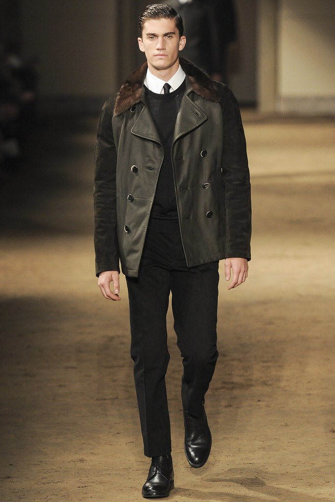 FW14 Milan Corneliani020_Tomas Guarracino(VOGUE)