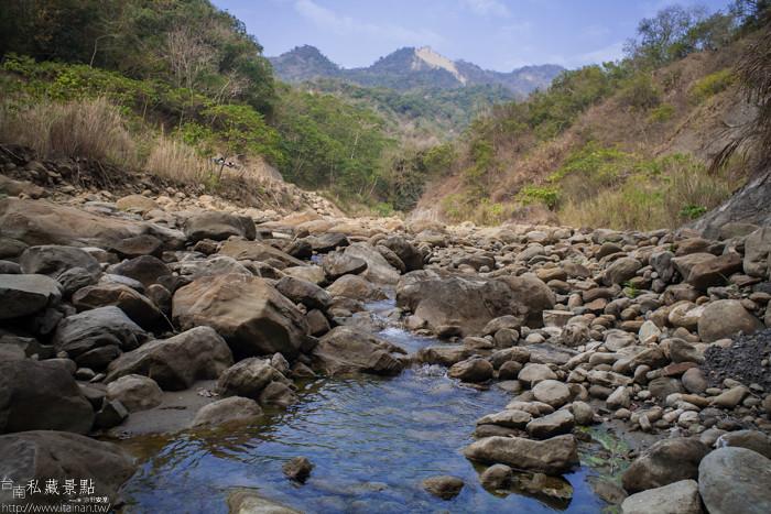 台南私藏景點--關山無名山谷 (8)