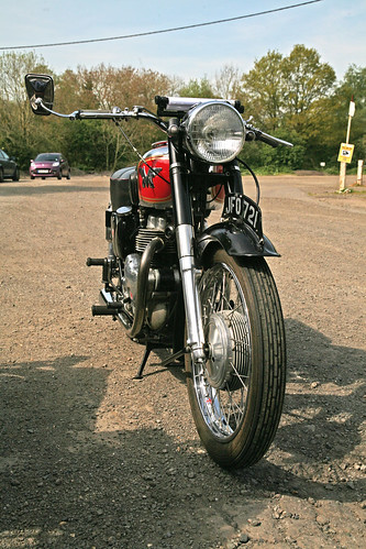 Matchless- possibly G9?