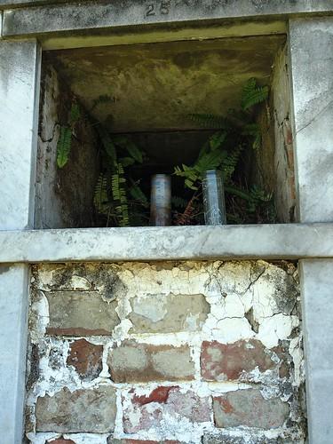 open wall vault