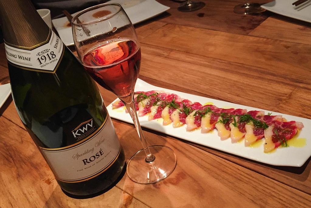 ワインと共に食べる