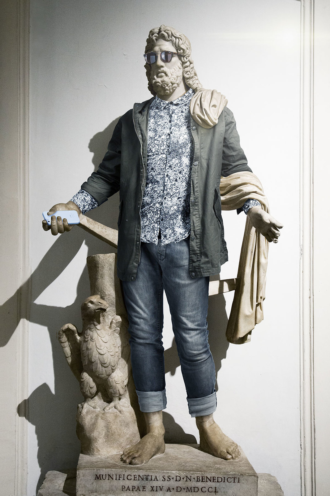 leo_caillard_hipster_in_stone-18