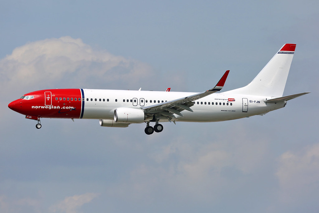 EI-FJN - B738 - Norwegian Air International